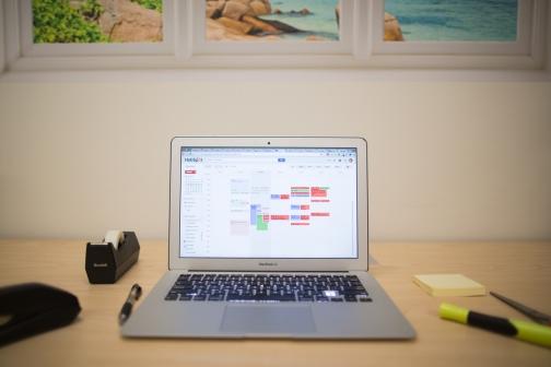 computer-on-desk-2